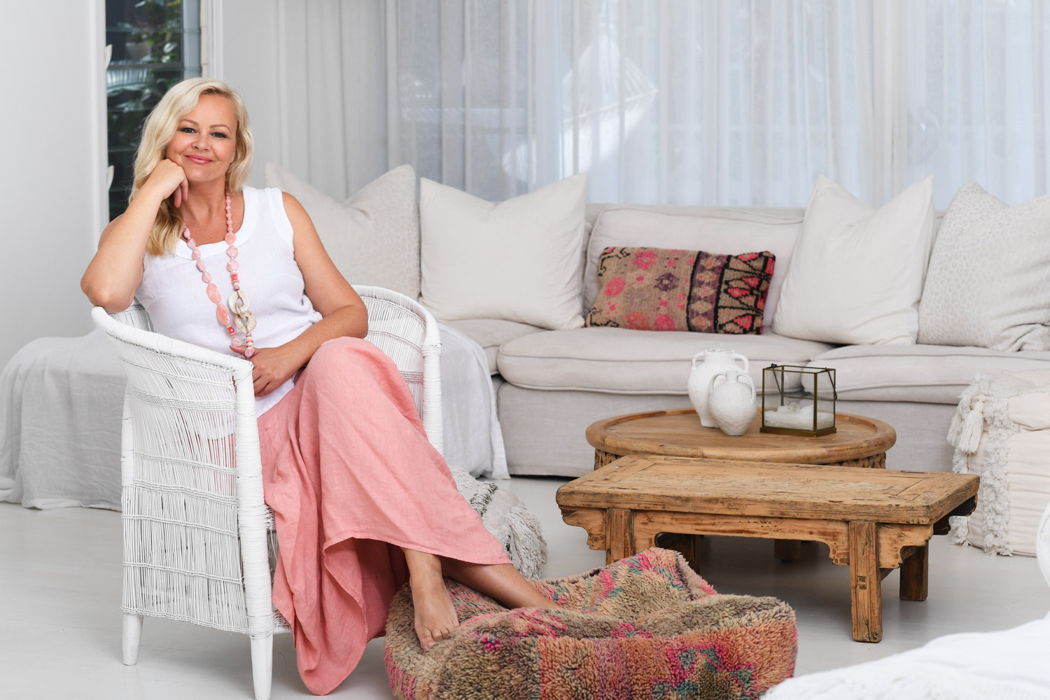 Donna Donna Clothing is a womens linen clothing label that believes women get better with age! We are all about quality designs and beautiful figure flattering pieces for women over 50 years old